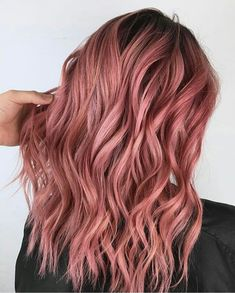 Violet rose hair ideas in 2019 крашенные волосы, окрашивание Pink Hair Dye, Dye My Hair, Ombre Hair, Pink Peach Hair, Pink Purple, Blonde Hair, Cabelo Rose Gold, Grunge Hair, Gold Hair
