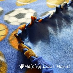 """Sewing Weighted Blanket Pieces by Polly: Double Layered No-Sew """"Braided"""" Fleece Blanket Tutorial Fleece Crafts, Fabric Crafts, Fleece Projects, Felt Crafts, Easy Sewing Projects, Sewing Crafts, Sewing Ideas, Braided Fleece Blanket Tutorial, No Sew Blankets"""