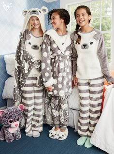 Insanely soft, cozy and UnBEARably cute!