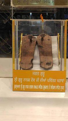 Guru Angad Dev Ji, Guru Nanak Ji, Nanak Dev Ji, Guru Granth Sahib Quotes, Sri Guru Granth Sahib, Guru Nanak Wallpaper, Guru Pics, Guru Gobind Singh, Gurbani Quotes
