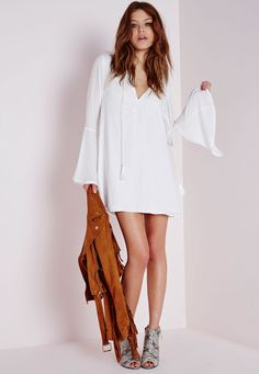 Missguided - Bell Sleeve Embroidered Swing Dress White