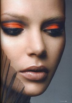 Elegant Orange Makeup – Beauty and Make Up Pictures Orange Eye Makeup, Black Eye Makeup, Orange Eyeshadow, Black Eyeliner, Makeup Art, Beauty Makeup, Hair Makeup, Makeup Eyeshadow, Smokey Eyeshadow