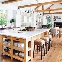 #KitchenGoals | Architect Ken Linsteadt and interior designer Patrick Printy fulfilled the homeowner's dream of a New England style farmhouse with a modern California spin. by Paul Dyer