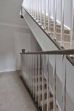 Best Jarrods Clear Cut Spindles Stairways Lucite Balusters 400 x 300