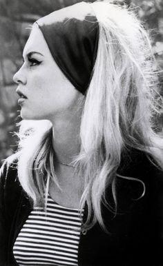 Bridget Bardot  - wide headband and winged liner