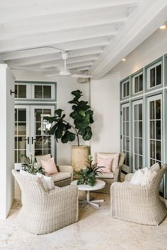 Beachy boho Outdoor Living Rooms, Outdoor Spaces, Living Spaces, Alys Beach Florida, Florida Home, Beach Porch, Beach Living Room, Lounge Areas, Outdoor Lounge