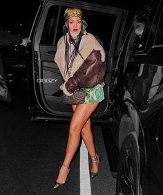 Rihanna You, Rihanna News, Rihanna Style, Rihanna Fenty, Rihanna Fashion, Daily Fashion, Fashion News, Fashion Fashion, High Fashion