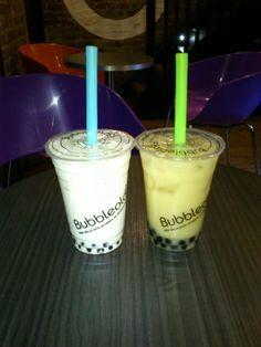 After shopping at Portobello Road, a delicious bubbleology! http://thecatandthecloset.com