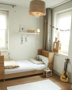 Me encanta esta sencilla habitación juvenil para una chica