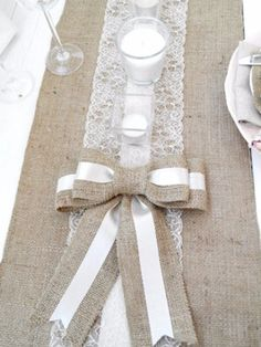 Burlap Lace Runner - Wedding runner Burlap - choose your length - Jogo Americano Lace Table Runners, Burlap Table Runners, Diy Lace Runner, Craft Wedding, Wedding Decorations, Table Decorations, Deco Table, A Table, Burlap Crafts