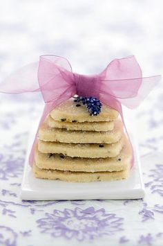 *•.¸¸¸.•*¨*•☆☆ Lavender Cookies ☆ Delicately stacked lavender cookies adorned with a pretty purple bow...  #lavessence #lavendercookies
