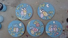 This would make cute coasters. Ceramic Plates, Decorative Plates, Cute Coasters, Cd Art, Ceramic Jewelry, Tole Painting, Plates On Wall, Art Pictures, Painted Rocks