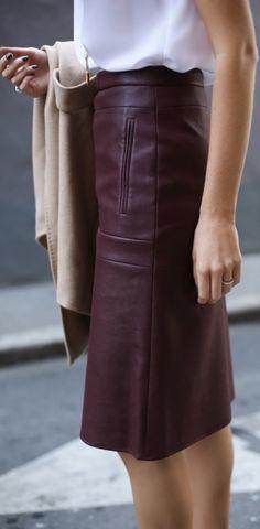 Street Chic via @jena1125. #skirts #streetstyle