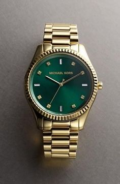 Michael Kors 'Blake' Bracelet Watch - emerald green face - fall 2013 color of the season. I like it cuz it looks like a Rolex Outlet Michael Kors, Handbags Michael Kors, Michael Kors Watch, Bling Bling, Bijou Box, Marken Outlet, Jewelry Accessories, Fashion Accessories, Blue Sapphire