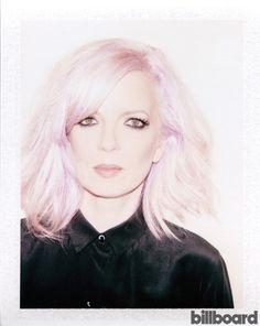 Shirley Manson: The Billboard Shoot Peach Hair, Pink Hair, Bad Hair, Hair Day, Shirley Manson, Nostalgia, Roxy Music, She Is Fierce, Stevie Nicks
