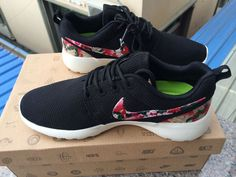 5a2669ca07c7 Floral Nike Logo Black Nike Roshe Run Air Max 1