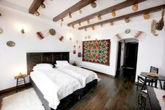 Traditional House, Traditional Design, Restaurant Interior Design, Design Case, Home Fashion, House Design, House Styles, Bed, Climbing