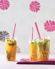 Delicious grilled #pineapple mojitos! Make sure to enjoy these before #summer is over!