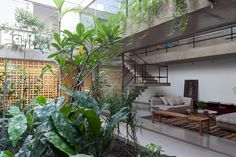 Completed in 2013 in São Paulo, Brazil. Images by Fran Parente. This residence in São Paulo is a project for a middle-aged couple and a daughter. Neighborhood residents wanted to continue living there, but not in...