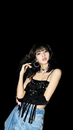 Lisa Lalisa Manoban Blackpink LISA Lisa Blackpink [lalalalisa_m] Lisa Lisa, Jennie Lisa, Female Pose Reference, Lisa Blackpink Wallpaper, Blackpink Photos, Guys And Dolls, Female Poses, Airport Style, Kpop Girls