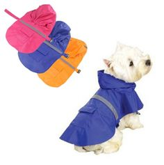 Praktisk regndekken til hund med refleks som gjør hunden synlig i mørket og en søt liten lomme til å oppbevare hundeposer i.