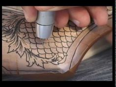 pyrography art on walking sticks | GLASS ENGRAVING - LESLEY PYKE - TUDOR CRYSTAL TANKARD - LION | Videos ...