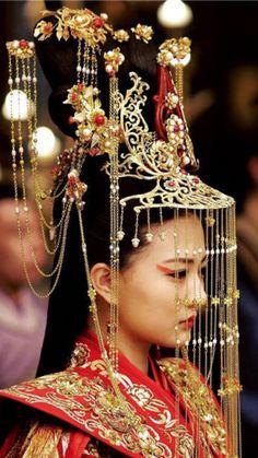 For the shoot on April Sat PR /Mkting shoot - hats for women Oriental Fashion, Asian Fashion, New Fashion, Fashion Hats, High Fashion, Cosplay, Asian Style, Fashion Stylist, Geisha