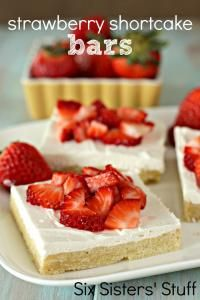 Six Sisters Strawberry Shortcake Bars Recipes.  Fresh strawberries are in season and so these bars are amazing!