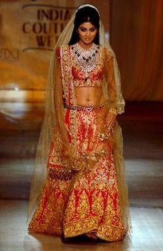 Shilpa Shetty for Tarun Tahiliani