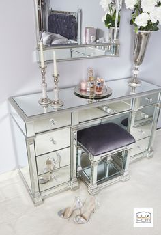 Luxury Home decor, mirrored furniture and furnishings. Wide range of living, dining and bedroom design collections. Mirrored Bedroom Furniture, Luxury Home Furniture, Glass Furniture, Luxury Home Decor, Furniture Decor, Luxury Homes, Mirrored Vanity Table, Mirror Vanity, Mirror Bedroom
