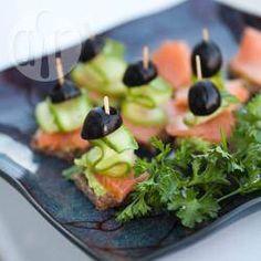 Canapés au saumon fumé @ allrecipes.fr