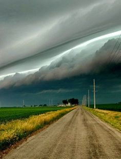 Storm Rolling