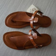 Leather Slippers, Leather Heels, Tan Leather, Natural Leather, Leather Sandals Flat, Cute Shoes, Me Too Shoes, Vegetable Tanned Leather, Womens Slippers