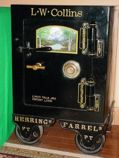 antique safe Fort Knox Safe, Yale Locks, Antique Safe, Bank Safe, Safe Vault, Deposit Box, Under Lock And Key, Sewing Cabinet, Cash Register