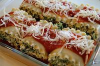 Spinach Lasagna Rolls (WW recipe) - these were sooo delicious. just became a favorite recipe!