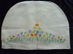 Vintage Hand Embroidered Tea Cosy Daisy Flower Garden