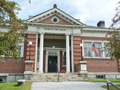 Vermont: Northfield's Brown Public Library stays faithful to the New England vibe with its red-brick facade and white columns.