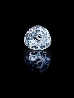 """The 70.21 carat 'Idol's Eye' Diamond is featured in the """" Sultans of Deccan India, 1500–1700: Opulence and Fantasy"""" exhibition on view through July 26, 2015 