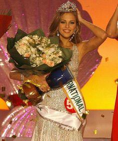 Daniela Di Giacomo. Miss International. 2006