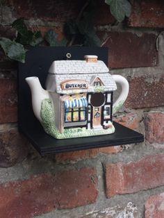 Vintage teapot bird house, nest box, bird lovers gift, nesting box, garden ornament, ceramic bird house, garden decoration, gardeners gift. - pinned by pin4etsy.com