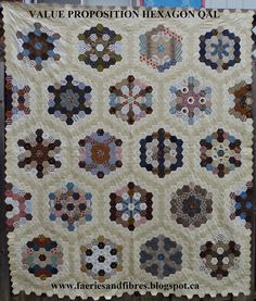 Fun quilt along for a beautiful quilt. Faeries and Fibres: Value Proposition Hexagon Quilt - The Reveal Hexagon Quilt Pattern, Quilt Patterns Free, Hexagon Quilting, Quilting Projects, Quilting Designs, Quilting Ideas, Amish Quilts, Scrappy Quilts, Civil War Quilts