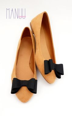 Black bows shoe clips Manuu shoe accessories by ManuuDesigns