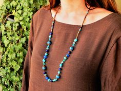 Natural stones to be happy and healthy. Pierre Lapis Lazuli, Turquoise Necklace, Beaded Necklace, Mi Long, Gifts, Jewelry, Fashion, Glass Beads, Black Indians