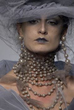 John Galliano for The House of Dior, Autumn/Winter Haute Couture Dior Couture, Couture Fashion, Fashion Art, High Fashion, Fashion Show, Givenchy, Valentino, Christian Dior, John Galliano