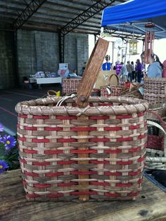 Wine Basket with Swing Handle by CarolynsBaskets on Etsy, $36.00