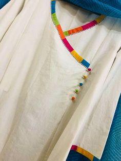 Simple Kurti Designs, New Kurti Designs, Kurta Designs Women, Kurti Designs Party Wear, Neck Designs For Suits, Sleeves Designs For Dresses, Neckline Designs, Dress Neck Designs, Frock Design