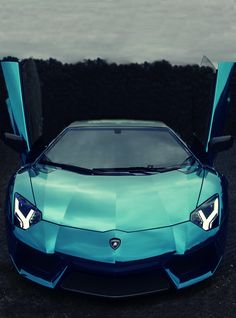 Oh Yea Baby! Blue Chrome Aventador