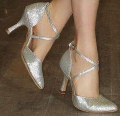 Nouvelle livraison gratuite argent paillettes fermé Toe chaussures de danse latine Salsa Ballroom Waltz Tango Bachata danse chaussures toutes les tailles dans Chaussures de danse de Sports et divertissement sur AliExpress.com | Alibaba Group