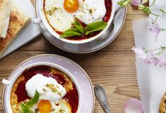 These scrumptious baked eggs include a variety of Middle Eastern flavours and spices that are sure to add a unique hit to your breakfast or brunch meal.