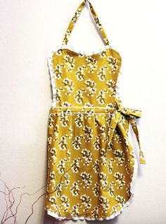 DIY Kitchen Apron- Click Here